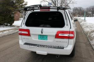 Chicago limousine Lincoln Navigator stretch SUV trunk